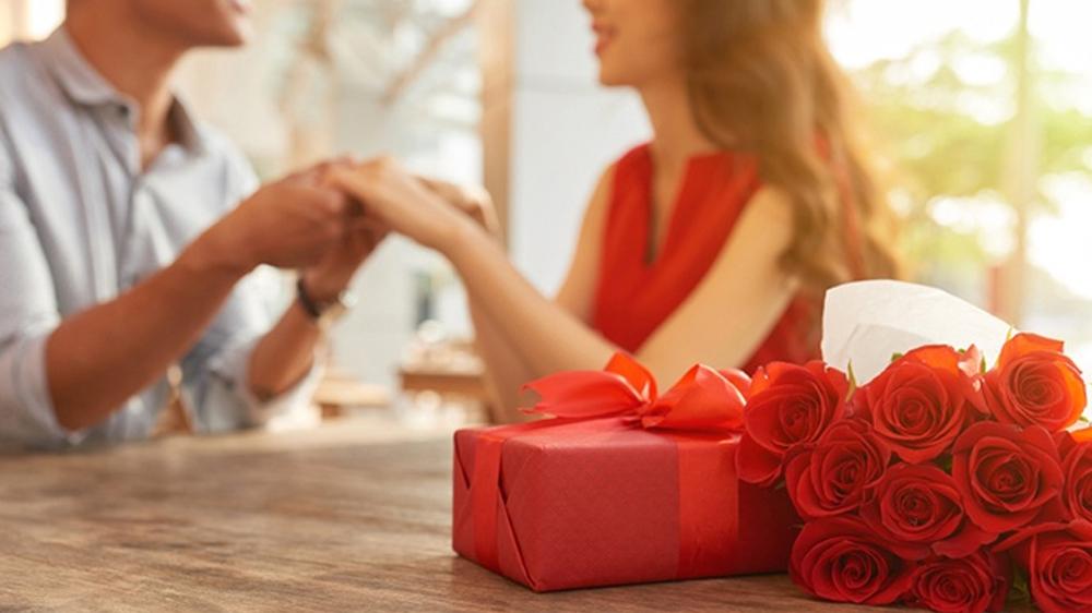 romantic anniversary gift ideas